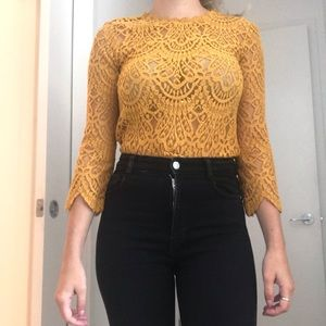 YELLOW LACE MID SLEEVE